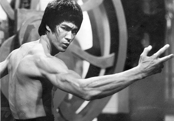 Bruce Lee Wing Chun Kung Fu Hong Kong