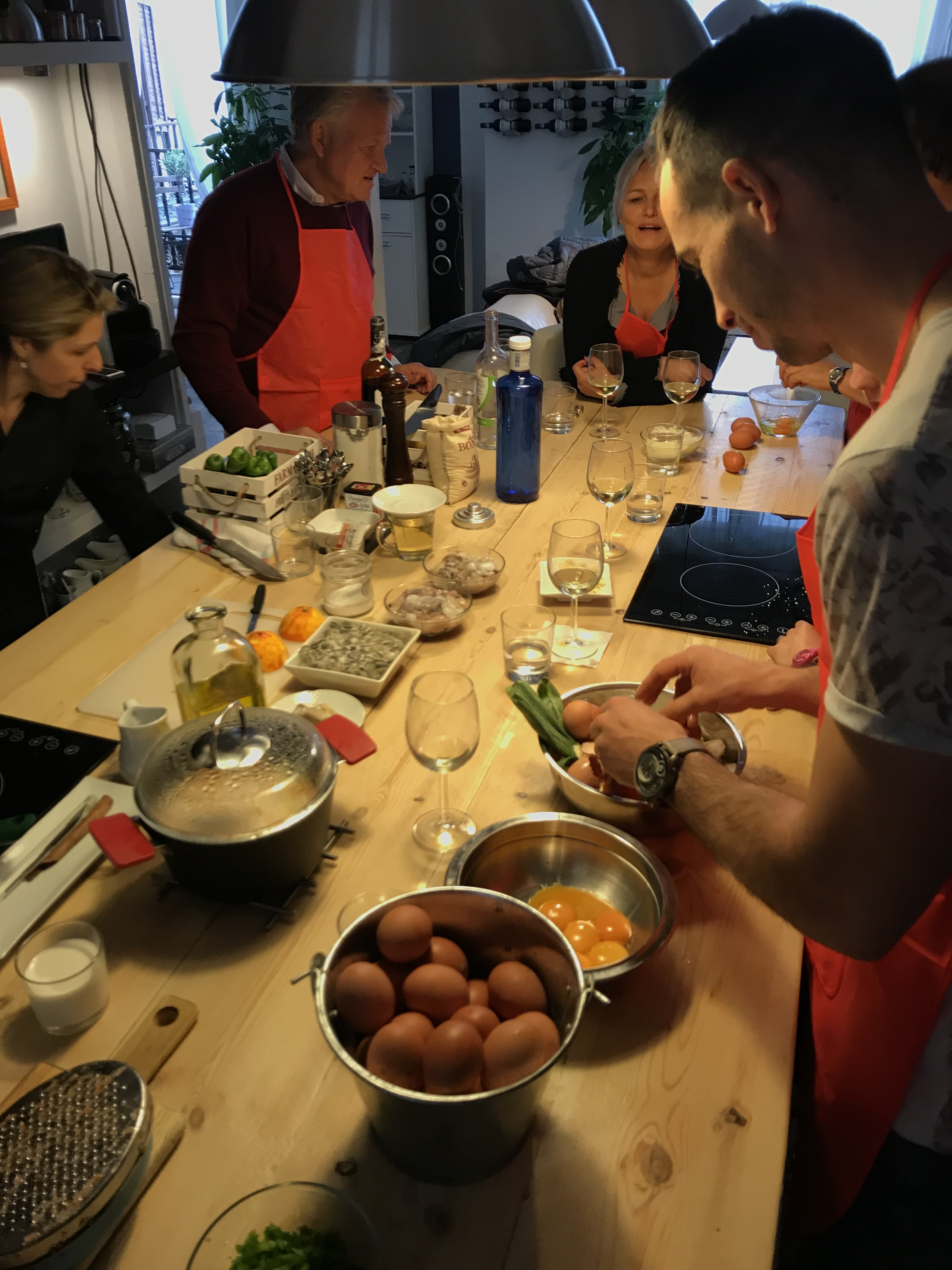 Best paella cooking class in Barcelona