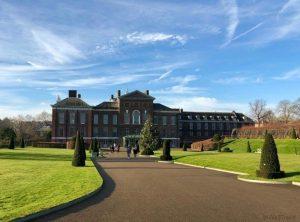 We3travel - Kensington-palace-blue-sky